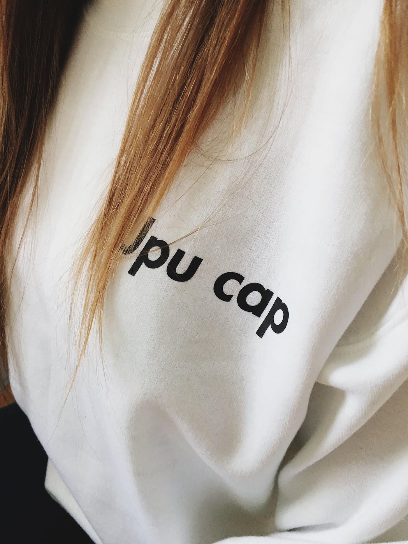 JPU CAP Sweater in White