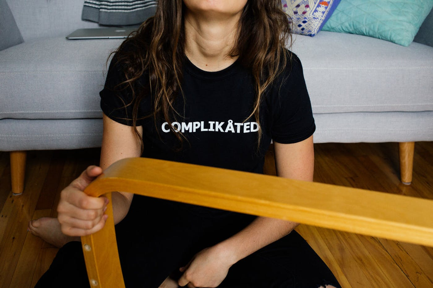 Complikated Tee in Black